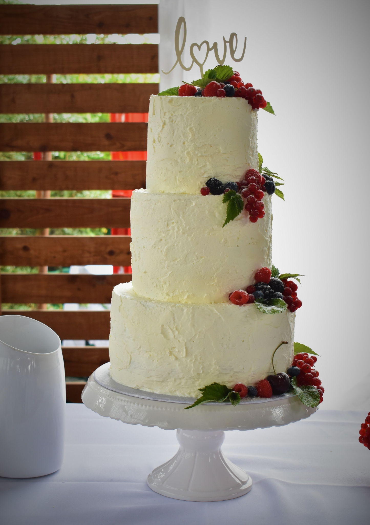 Rustic Cream Cake love