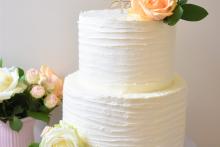 Cremetorte-Hochzeit