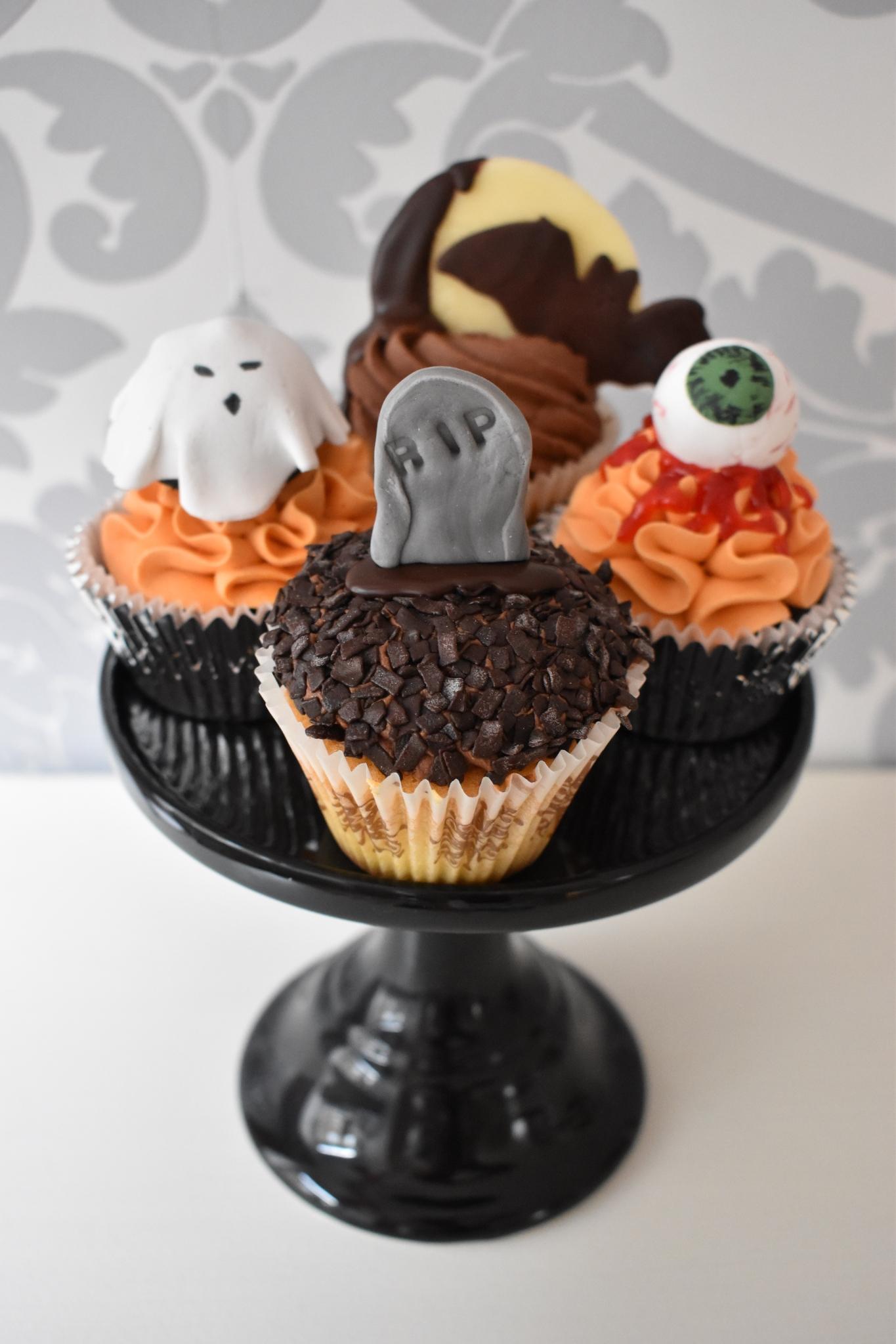 Halloween Cupcakes1